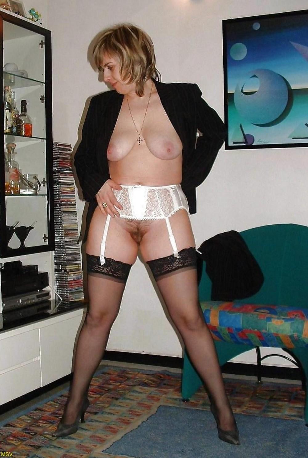 интимное женщин русских зрелых домашнее фото
