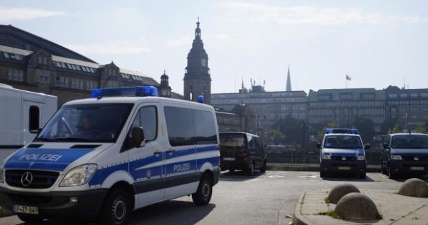ВГермании спецназ задержал захватившего кафе мужчину