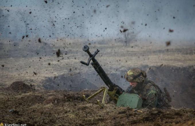 Пьяные боевики «ДНР» обстреляли дом вСаханке— штаб АТО