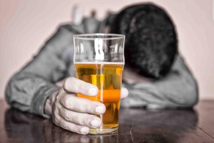 Ученые увидели связь между спиртным циррозом печени иклиматом