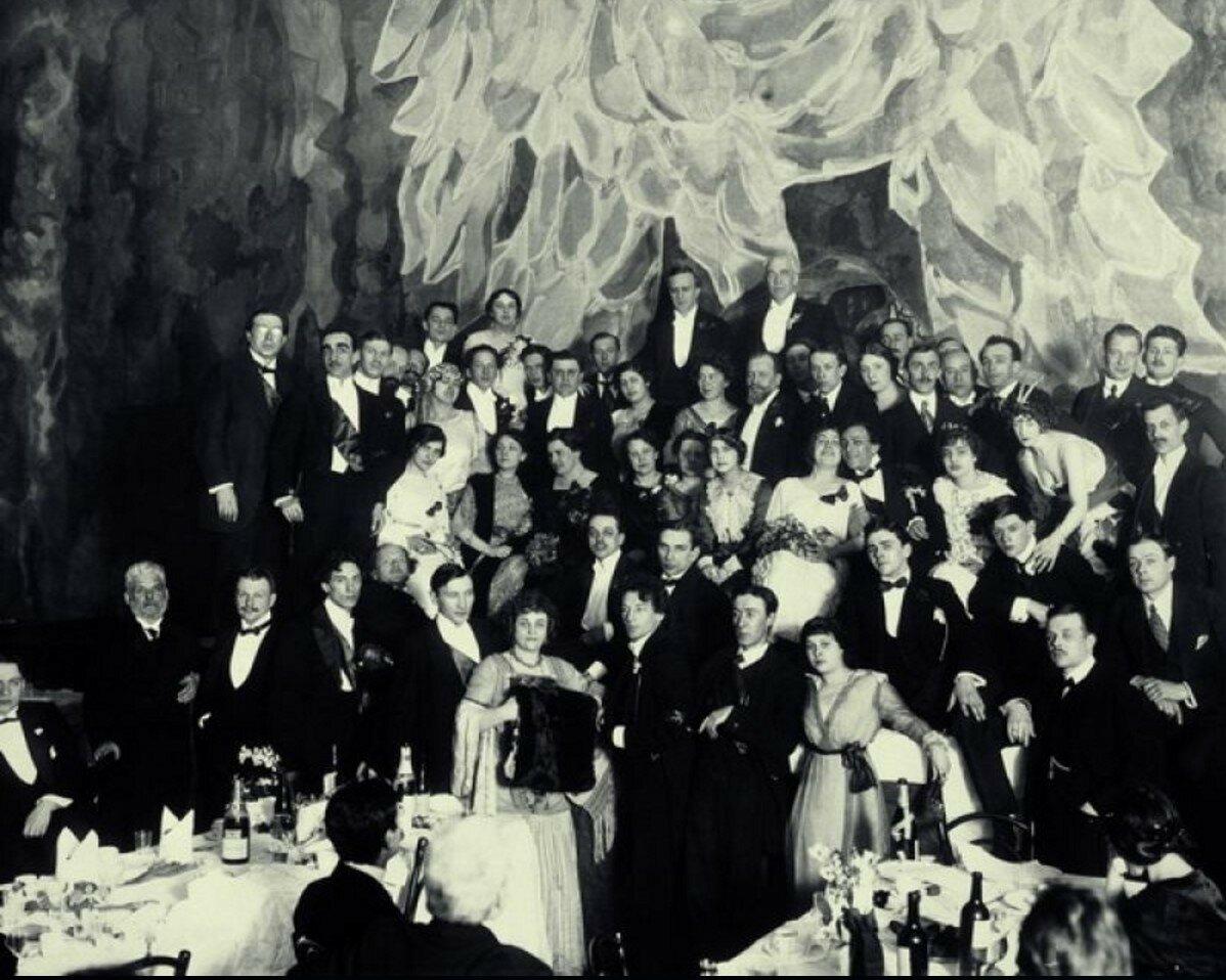 1913. Чествование художественной общественностью труппы МХТ в Театральном зале Николая Шебеко