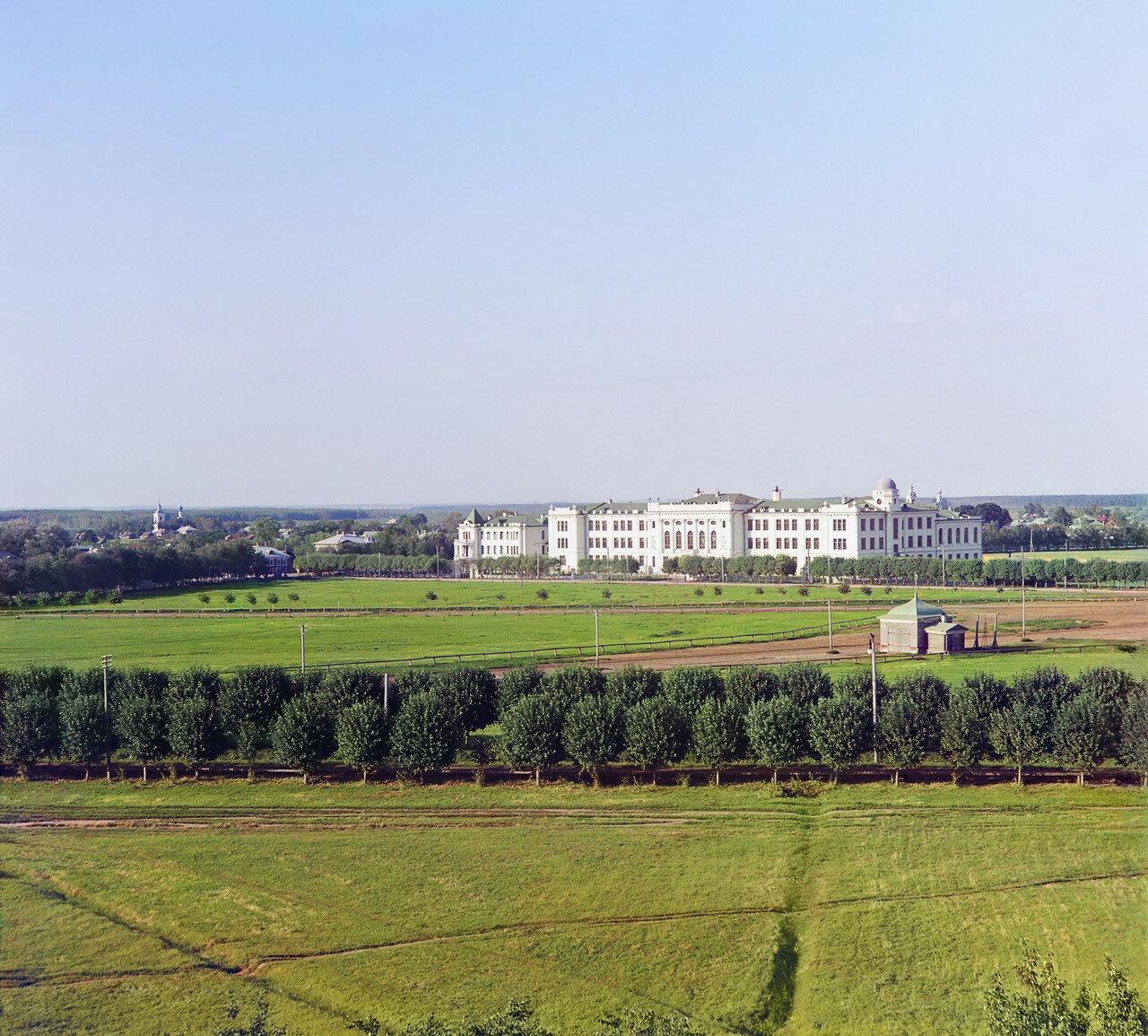 Гимназия Кекина. Вид с колокольни Всесвятской церкви