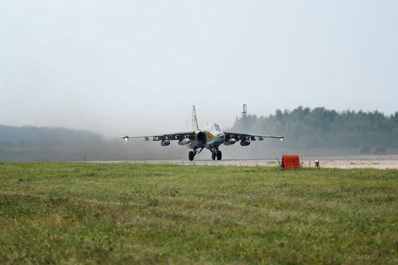 Сухой Су-25 (05 желтый) ВВС Казахстана 0370_D805744
