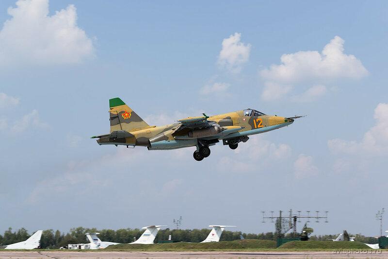 Сухой Су-25 (12 желтый) ВВС Казахстана 0390_D805752