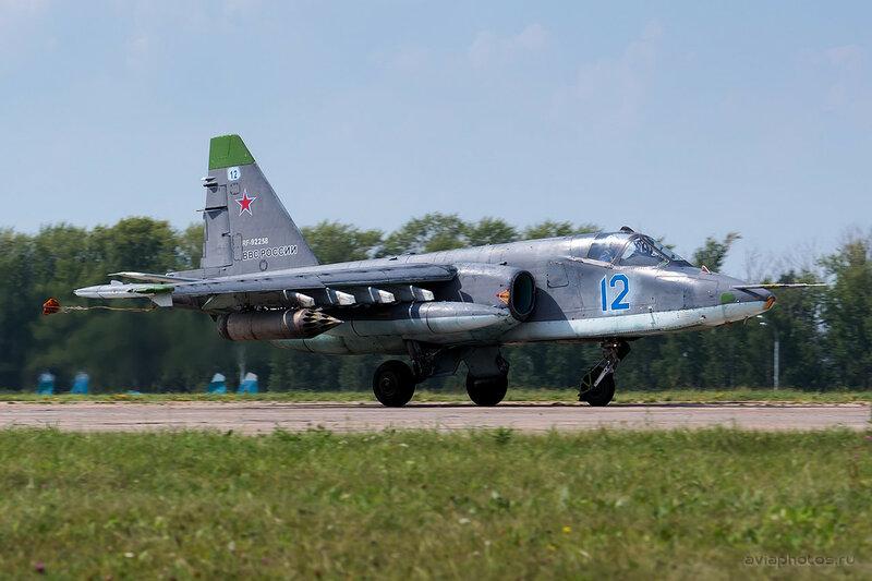 Сухой Су-25СМ (RF-92258 / 12 синий) ВКС России 0410_D805764