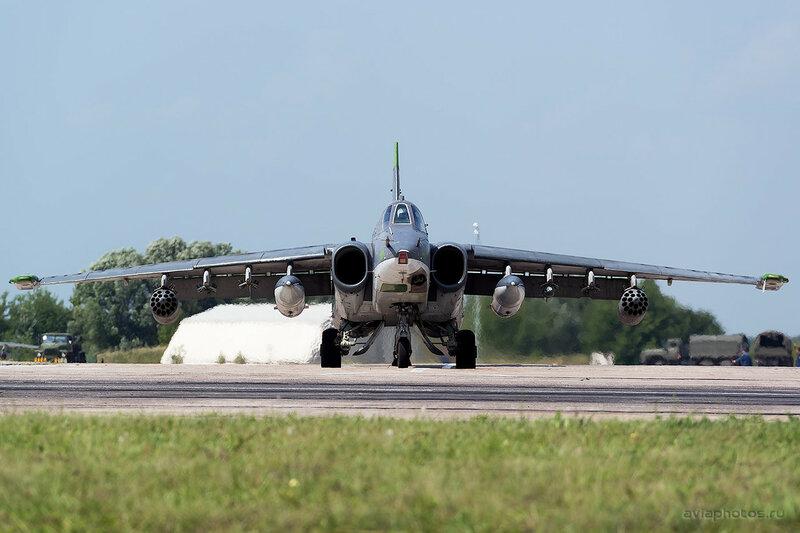 Сухой Су-25СМ (RF-93884 / 27 красный) ВКС России 0330_D805705
