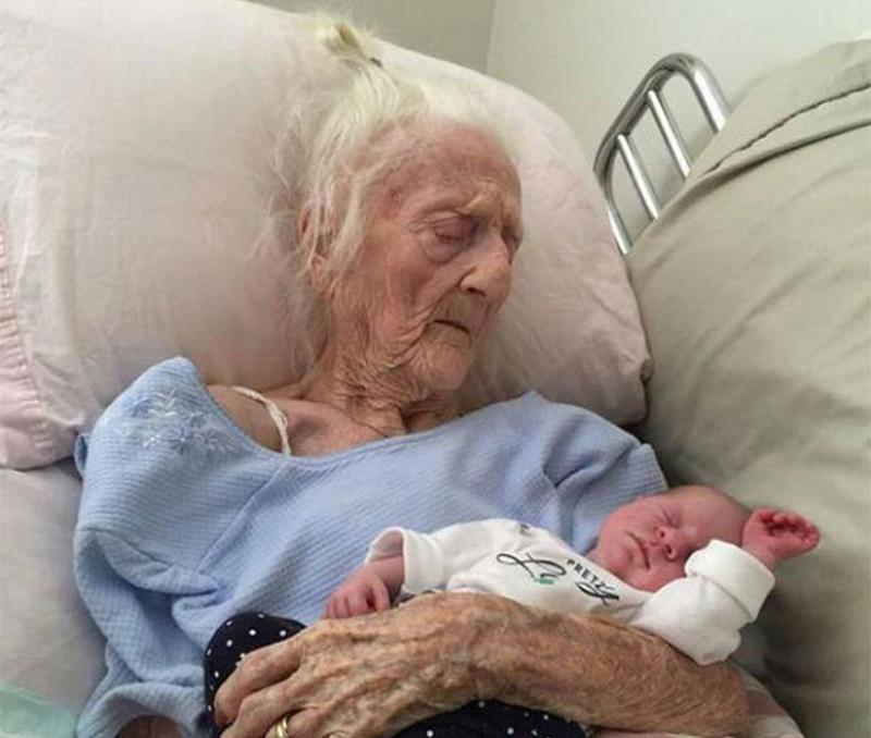 Бабушки с внуками, у которых разница в возрасте более 100 лет