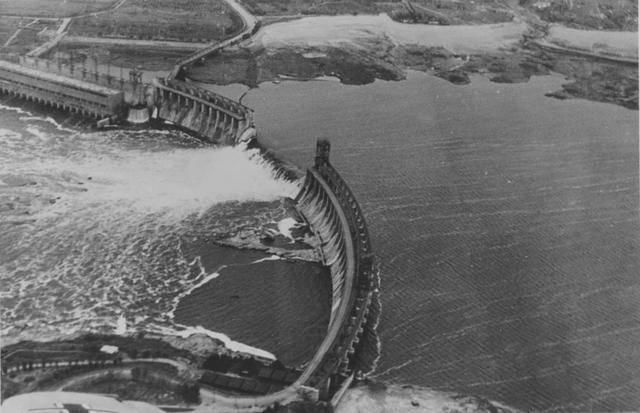 Годовщина чудовищного преступления НКВД: Около 100 тыс. украинцев погибли из-за подрыва ДнепроГЭСа. ВИДЕО+ФОТО