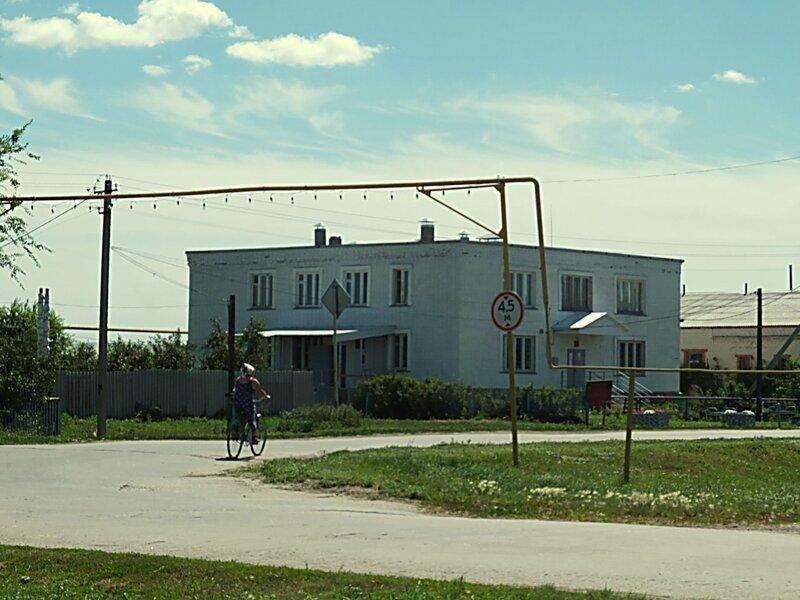 Хворостянка, Безенчук аэродром 018.JPG