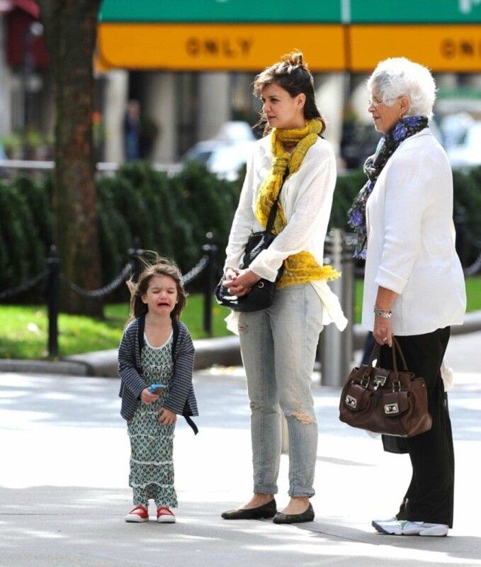Уже исторические фото: семейное воскресенье Крузов. Прогулки с детьми, фитнес и другие полезные развлечения
