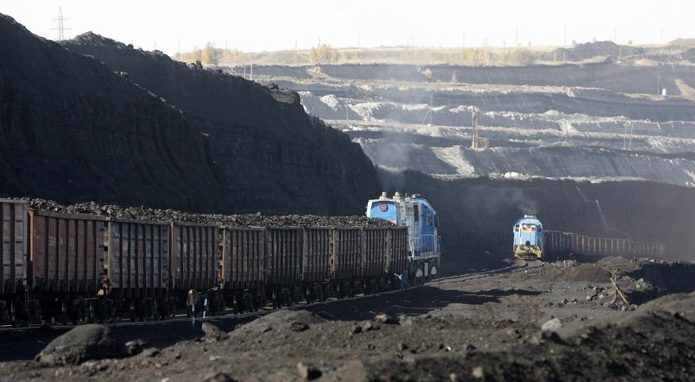 14. Иногда с тяжелыми угольными поездами случаются вот такие катастрофы. Балтимор, штат Огайо,