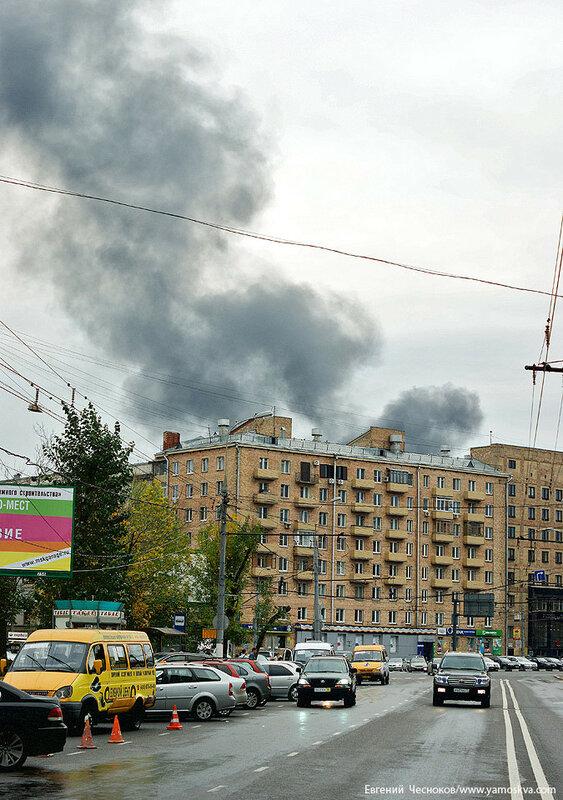 17. Пожар на Автозаводской. 15.09.12.02...jpg