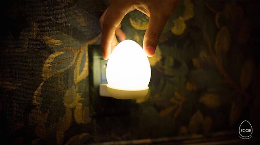 Egg-Shaped Portable Wireless Lamp