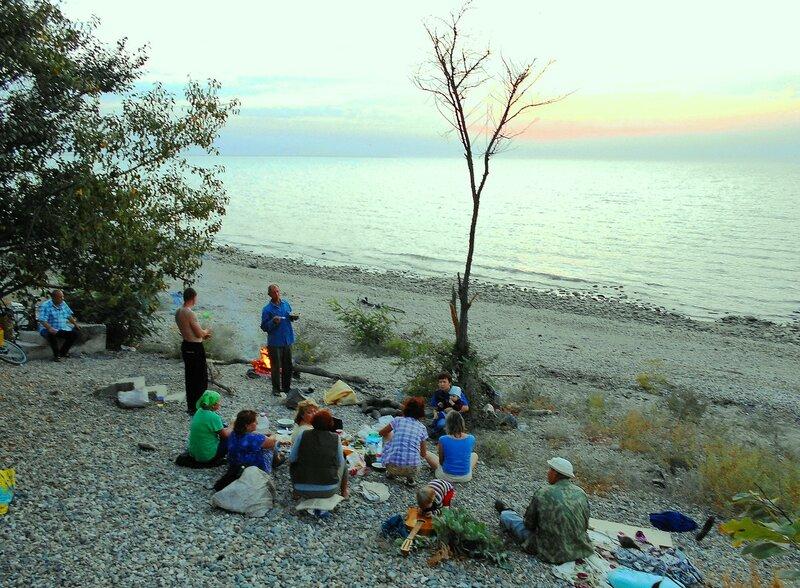 Туристы, на закате, у моря ... DSCN1305.JPG