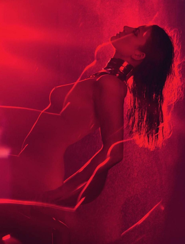 Французская певица и актриса Элоди Фреже в журнале Lui, май 2016 / Elodie Frege by David Bellemere