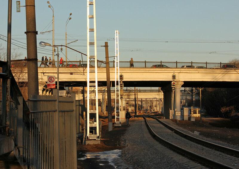 Входные светофоры станции Подмоскованя со стороны Тушино и Серебряного бора. Платформа Ленинградская