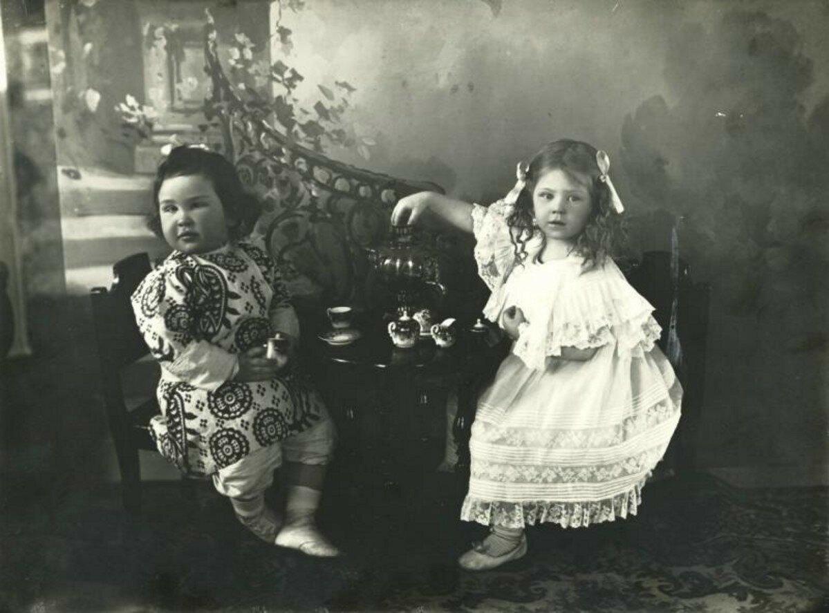 1910-е. Дети за самоваром pg