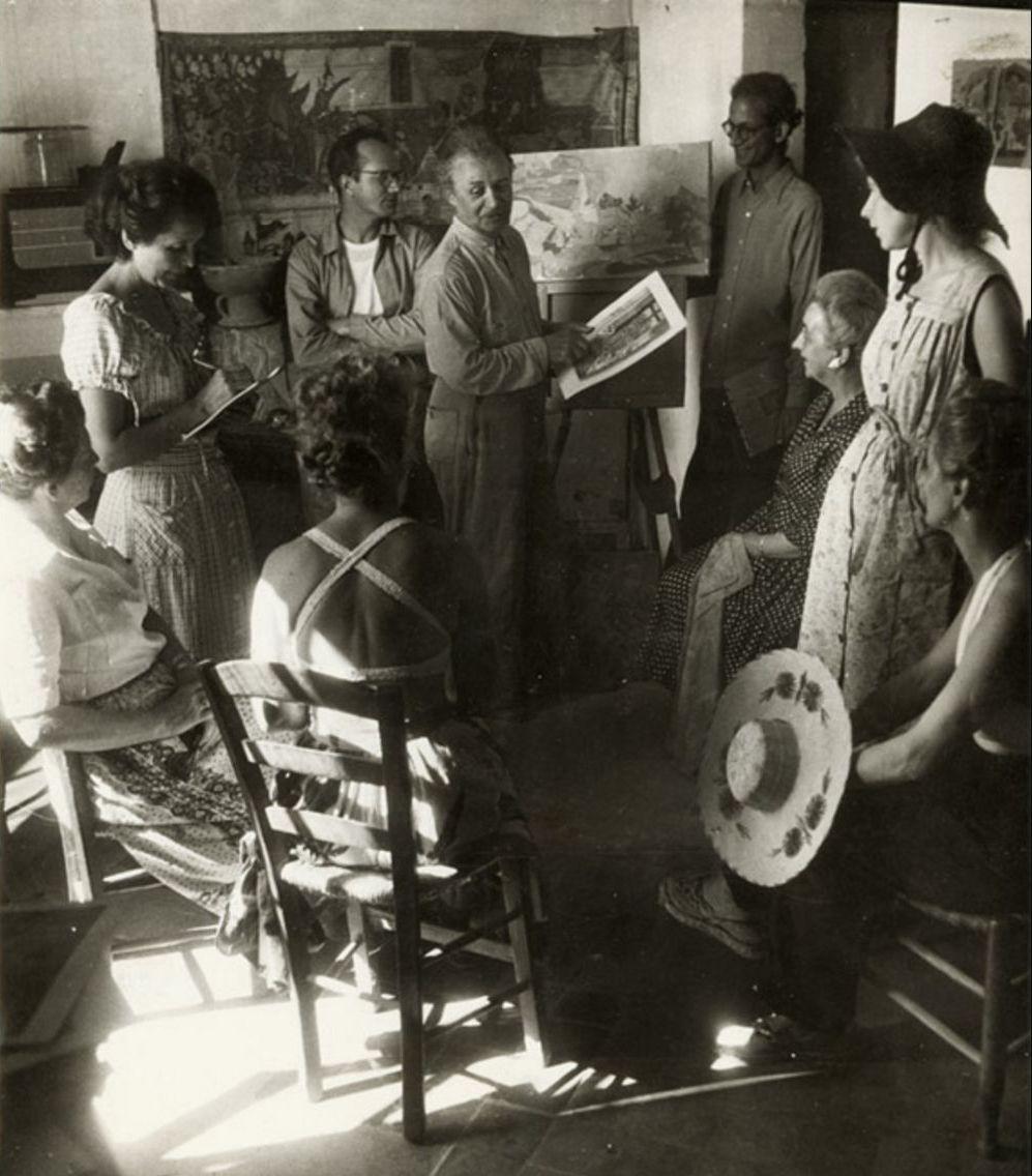 1948. Художник, возможно, Андре Л'Оте в своей студии