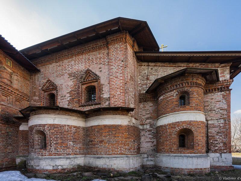 Храм Воскресения Словущего на Крутицах (Крестовая палата). 1498 год.