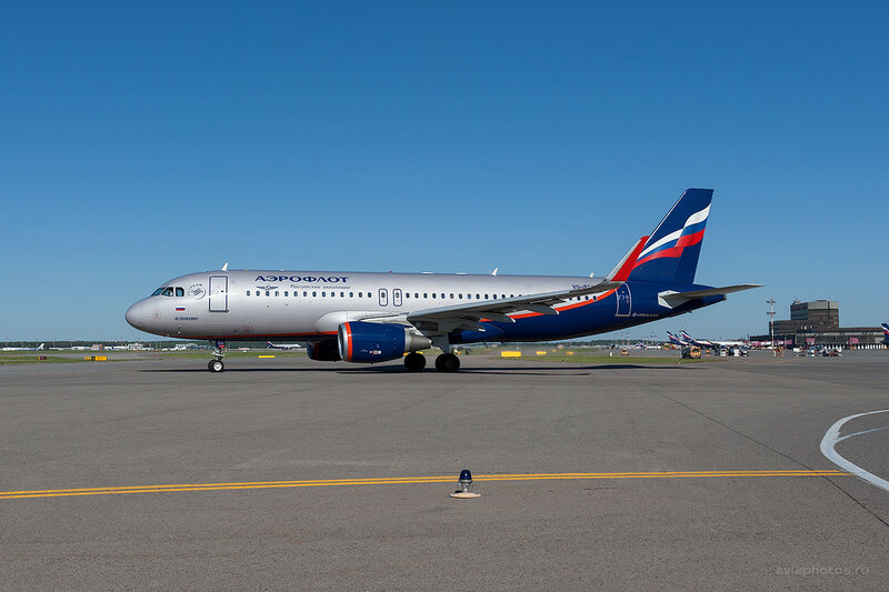 Airbus A320-214 (VQ-BSG) Аэрофлот D701524