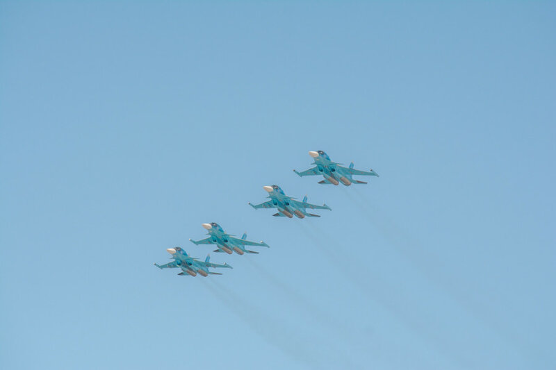 В Астрахани прошло зрелищное авиационное шоу