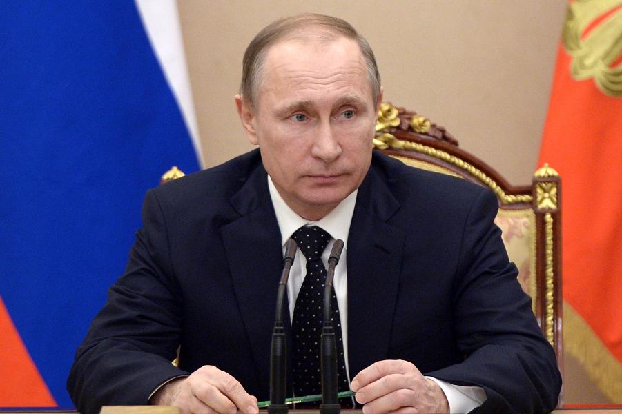 Путин на СБ РФ 4.03.16.png