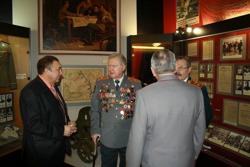 Музей им. Фрунзе и Французы 010.JPG