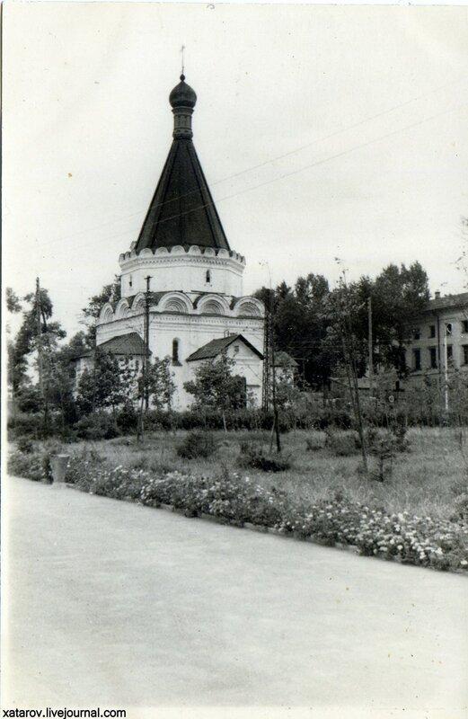 Церковь Архангела Михаила в Кремле.jpg