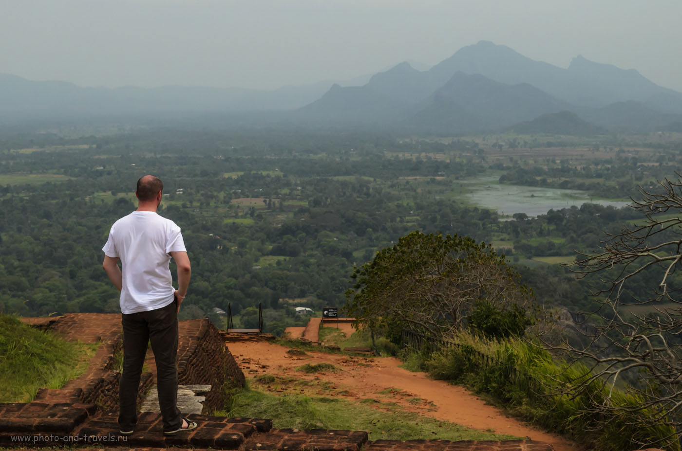 13. Вид на окрестности с вершины Львиной горы на Шри-Ланке. Отзывы об экскурсии. Советы, как добраться в Сигирию.