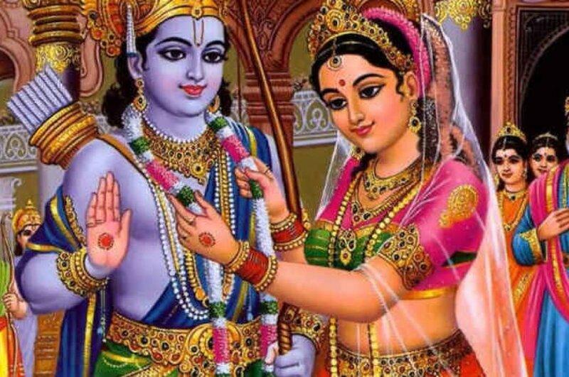 Сати надевает свадебную гирлянду на Шиву