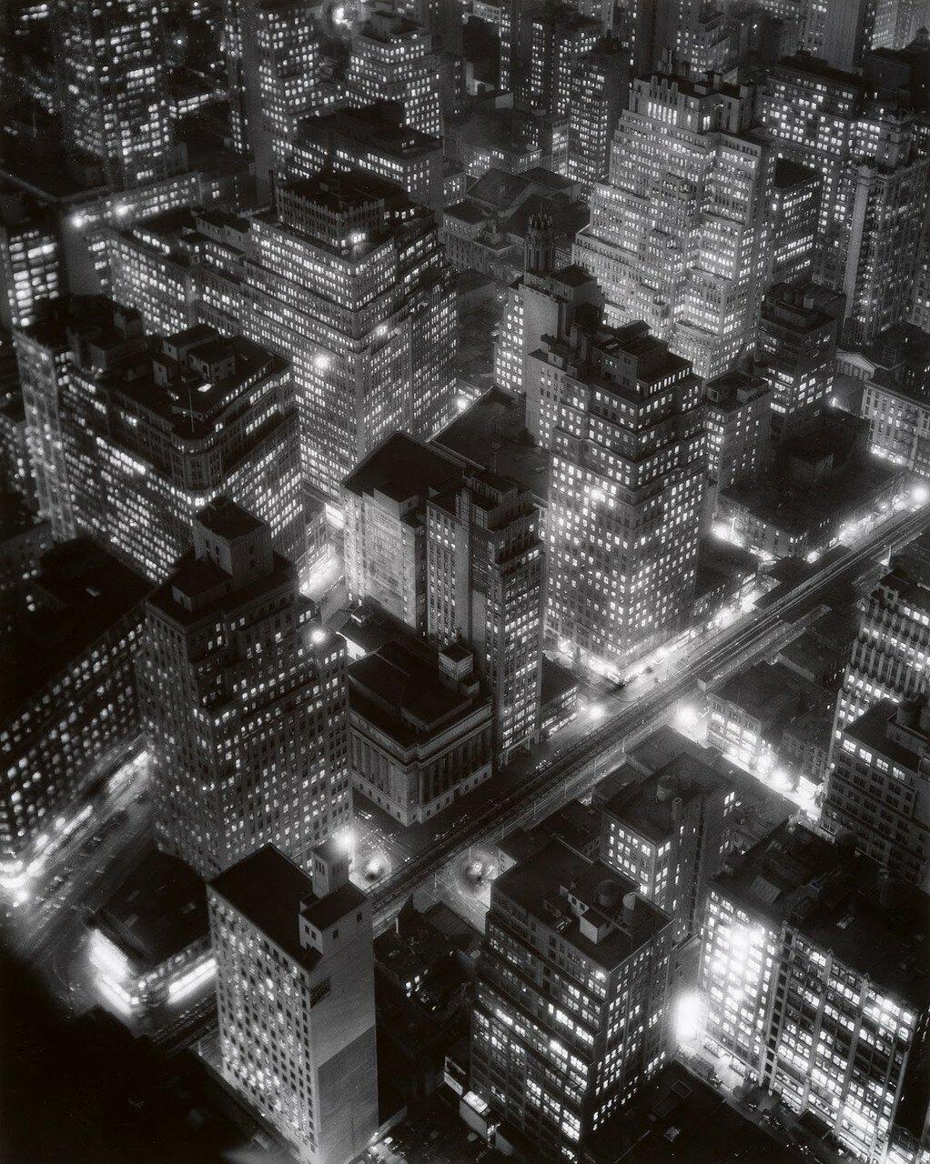 1932. Ночной Нью-Йорк