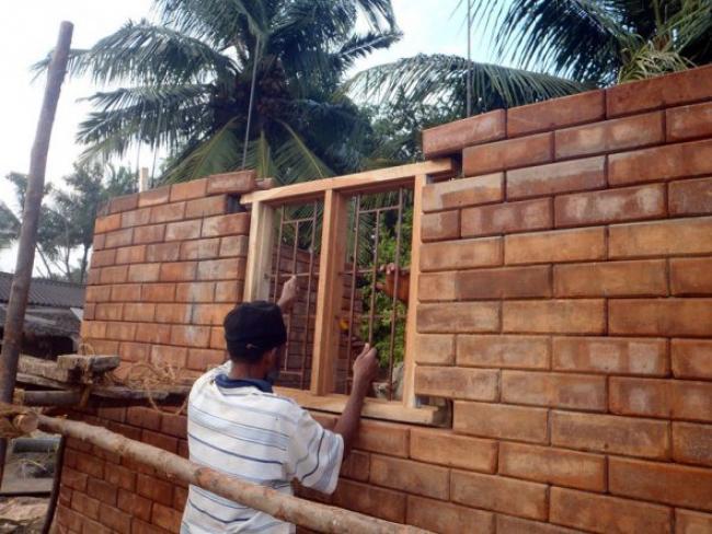 Как дешево построить сарай своими руками
