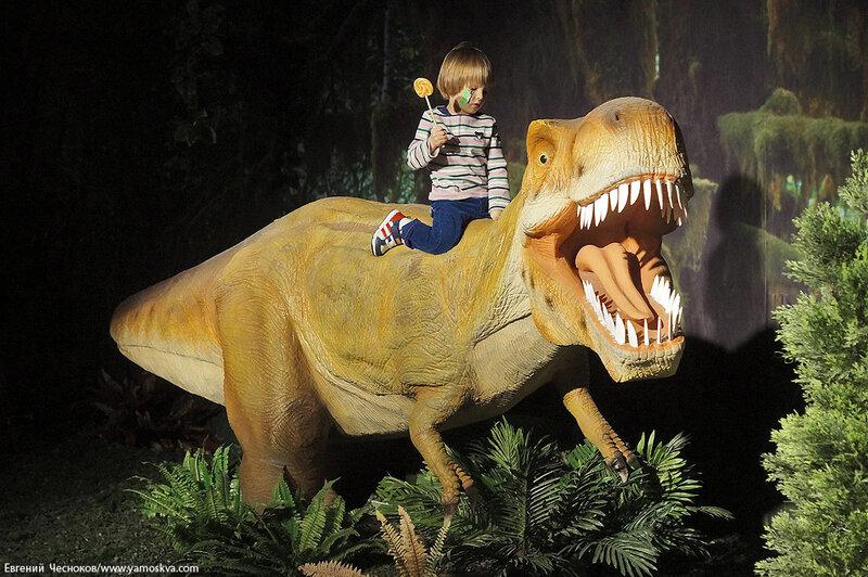 Весна. Детский мир. Динозавры. 31.03.15.09..jpg