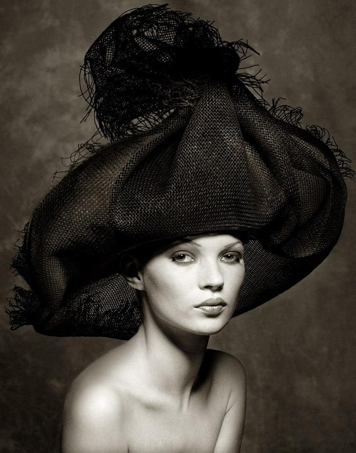 работа фотографа Альберта Уотсона / Kate Moss - photo by Albert Watson