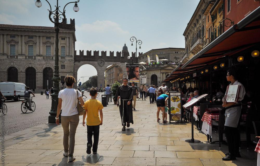Italy-people-(41).jpg