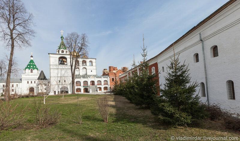 Корпус свечного завода (XVI-XIX в.). Ипатьевский монастырь. Кострома.