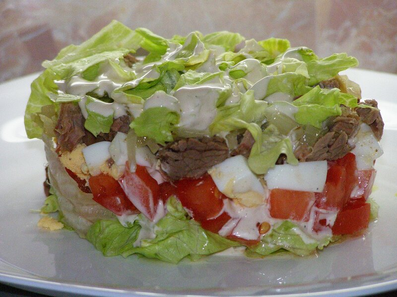 Салат витаминный с мясом