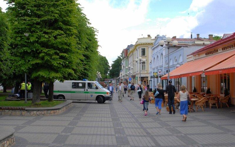 http://img-fotki.yandex.ru/get/4600/elian2007.16/0_45f68_b301d41_XL.jpg