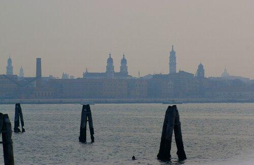 венеция в дымке