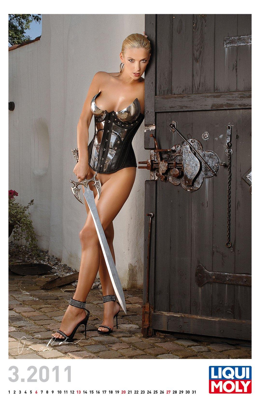 эротический календарь Liqui Moly calendar 2011 - март