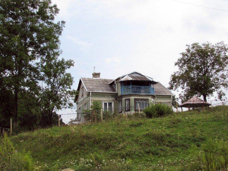 старые дома в деревне западной украины фото
