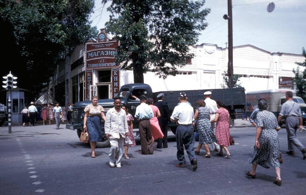 1959 Ташкент Харрисон Форман1.jpg