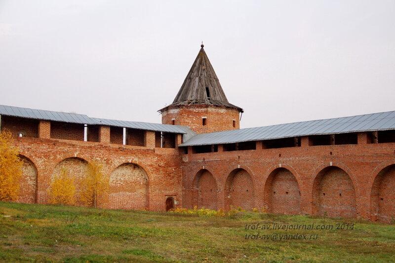 Кабацкая наугольная башня. Зарайский кремль
