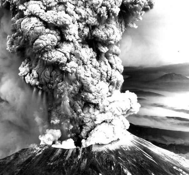 Красивые фотографии: извержения вулканов 0 10f552 b9f17a98 orig