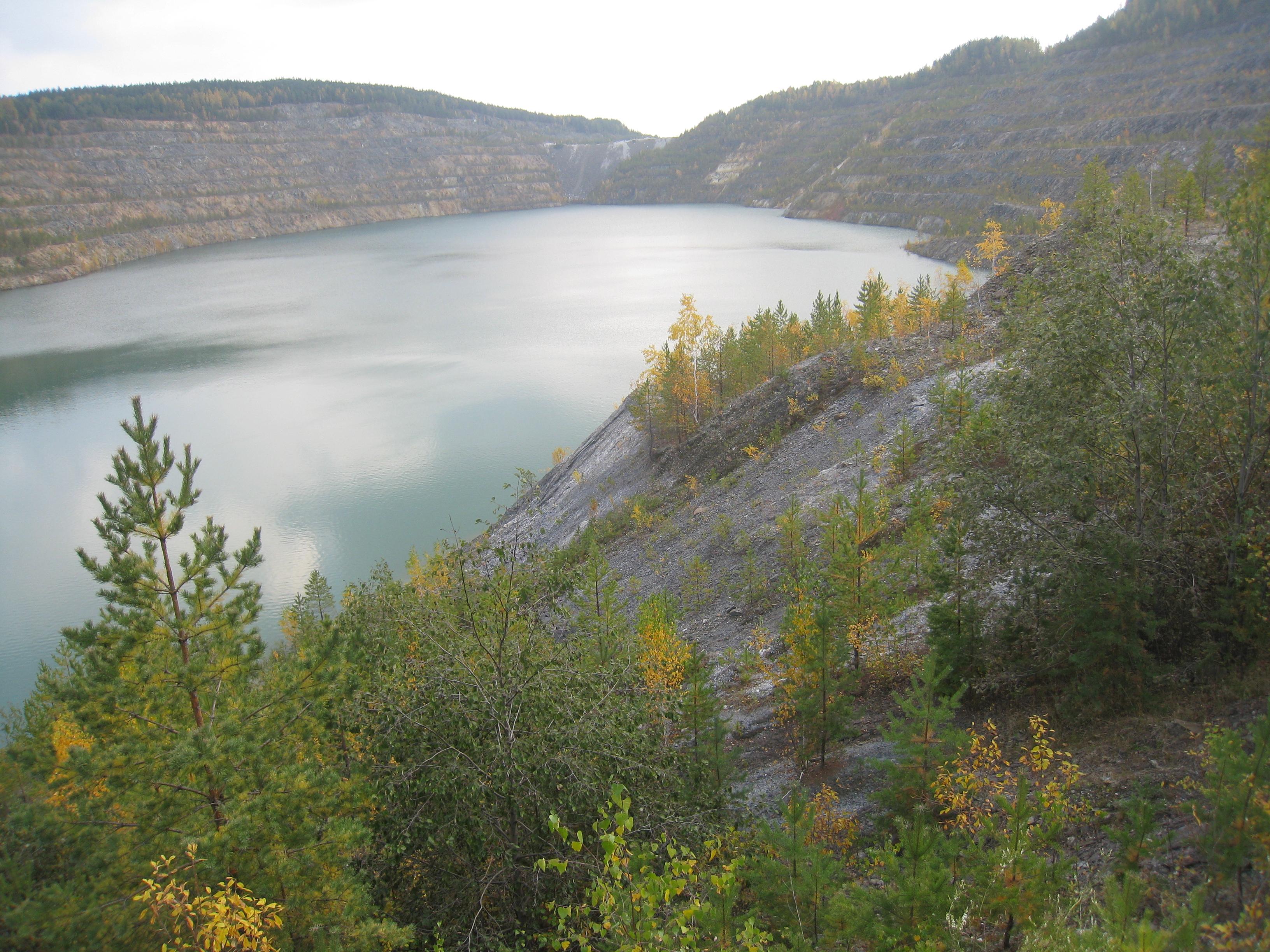 Словно озеро между гор! (24.03.2015)