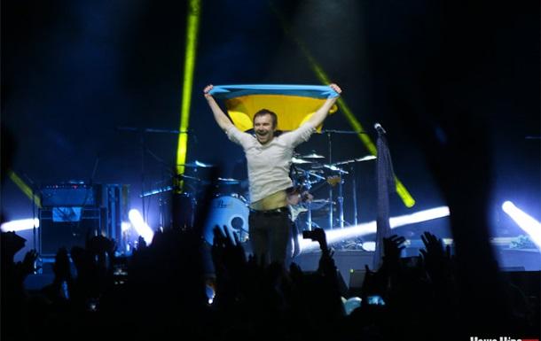 На концерте Океана Эльзы в Витебске у зрителей отбирали украинские флаги