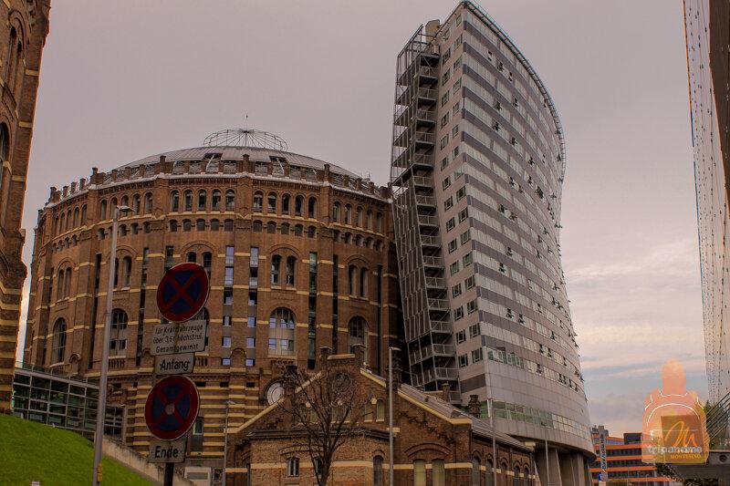 К старому зданию достроили новое