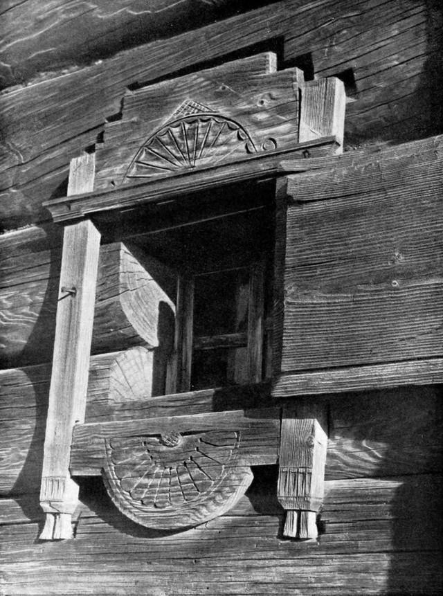 1. Такими были оконные наличники до 17-го века. Резные наличники в русских домах всегда были не толь