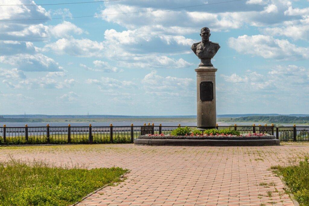 Памятник Ворожейкину, Городец