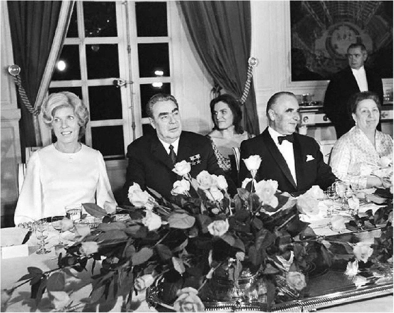 1971. Первый визит генсека в Париж